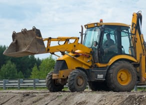 Use GPS Tracking & Fleet Software To Secure Heavy Machinery